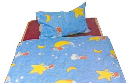 bettw sche f r kindergarten kissen decke bettw sche und. Black Bedroom Furniture Sets. Home Design Ideas